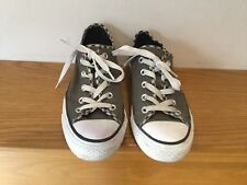 LOVELY CONVERSE TRAINERS SIZE UK 4 USED SOME MARKS GOOD CON