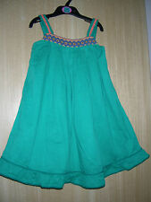 Girls Bnwot M&* Green Embroidered Lined Dress size 3-4 & 4-5 years CLEARANCE