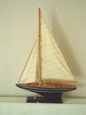 A LOVELY VINTAGE WOODEN YATCH BOAT MODEL ON STAND