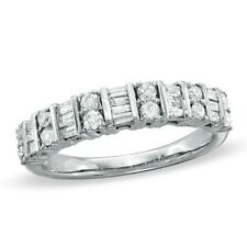0.80ct Round Brilliant & Baguette Diamond Half Eternity Wedding Ring in 18K Gold