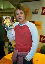 Art print POSTER Jamie Oliver Holding His Book