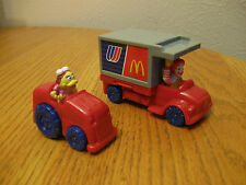United Airlines McDonald 2 Piece LOT McDonald's Airplane Airport Toys