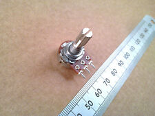 Centre Click Detent Balance / Equaliser Pot, Splined Shaft Potentiometer