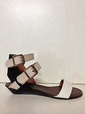 "WOMENS SHOES""STRAPS""BY NO!SHOES CHIC LOW WEDGE HEEL STRAPPY SANDALS IN WHT MULTI"