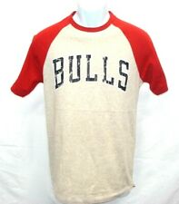 Chicago Bulls Basketball Adult Short Sleeve T-Shirt Cream Red Sleeves NWT