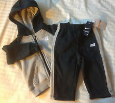 New NIKE Boys 2-Piece Athletic Sweatsuit hoodie and pant outfits Set Size 12-24M