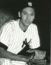 Baseball NY Yankees Derek Jeter as a rookie  Photo Picture