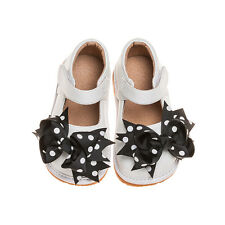 Girl Leather Mary Jane Clip On Squeaky Shoes WHITE Toddler Size 1,2,,6,