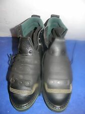 Mens Hytest MFG. By Wolverine #08144   6  inch Met Guard Steel toe Boots 9.5 B