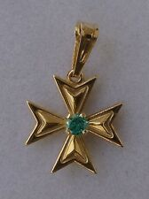 9ct 9kt 375 Yellow Gold Maltese Cross Pendant with green stone