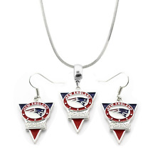 NFL New England Patriots Team Name & Logo Pendant Necklace & Earring Set