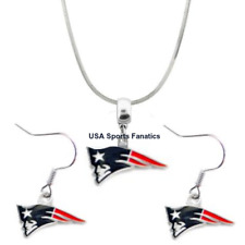 NFL New England Patriots Team Logo Pendant Necklace & Earring Set