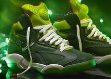 Reebok Pump Shaq Attaq size 9.5 or sz 10 2013 Green Grinch Ghost Christmas