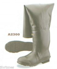 "A2300 Ranger 32"" rubber insulated hip boot ""Bullhead"""