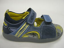 CHILDRENS CLARKS LEATHER SANDALS IN G FITTING