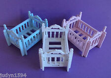 1 X WOODEN COT BED BABY SHOWER FAVOR BOX BLUE WHITE OR PINK MINIATURE FURNITURE