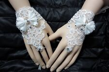 NEW LACE FLORAL BRIDES WEDDING FLORAL BOWKNOT FINGERLESS SHORT GLOVES