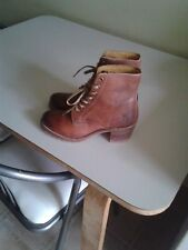 Frye Sabrina 6G  leather lace up ankle boot in burnt maple color
