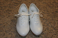 Trimfoot Jazz / Clogging Shoe White with Stevens Stompers Buck Taps Installed