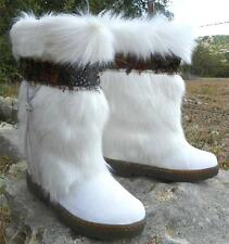 NIB BEARPAW KOLA II EXOTIC Goat FUR Winter Sheepskin ApresSki Mukluk Boots White