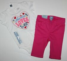baby Gap NWT Girl 12 18 Mo Outfit Set Auntie Loves Me Bodysuit Top + Capri Pant