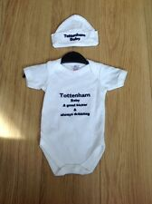 Unisex White Cotton Tottenham Baby Body Suit with Hat 0-3 Months New
