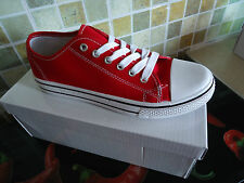 NEW WOMEN'S GIRLS RED PLAIN FLAT CANVAS PUMPS LACE UP PLIMSOLLS TRAINERS