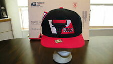 VTG CHICAGO BULLS PRO PLAYER CAP, SNAP BACK, EMBROIDERED, SMALL DEFECT, NOS, NWT