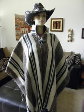 100% Alpaca Rustic Wool Puno Poncho From PERU Natural Colors With Collar #90847