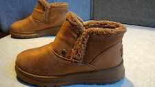 NWT, $65. MSRP, Womens Bobs by Skechers Cherish Tippy Toes Boots Slippers #33990