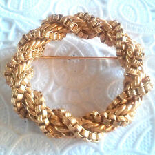 Vintage Twisted Gold Tone Rope Chain Pin Brooch