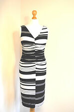 PHASE EIGHT ELEGANT BLACK &WHITE STRIPED FITTED WIGGLE OCCASION DRESS 8-10 BNWOT