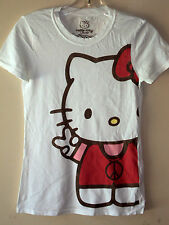 Hello Kitty White ( Kitty Giving the Peace Sign )T-shirt