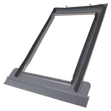 Velux/Duratech Centre Pivot Roof Window 780 x 980mm With Flashing