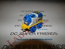 THOMAS AS BATMAN 2015 Thomas & Friends - DC SUPER FRIENDS - NEW IN PACKAGE
