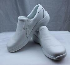 Nursemates Dove White Lightweight Nurses/Doctor Shoes Slip-On Closed Back Clogs