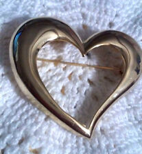 Vintage Large Shiny Gold Tone Heart Pin Brooch