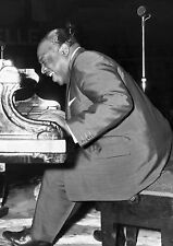 Art Print Poster / Canvas Count Basie Playing Piano