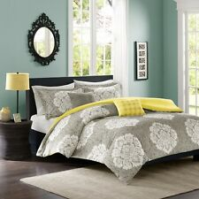 Luxury Grey and White Reversible Damask Duvet Cover Set with Decorative Pillows