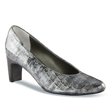 VANELi Women's Dariele Grey Nairobi Patent Leather Pump