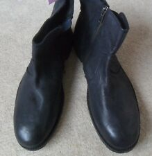 EX FAT FACE BLACK DISTRESSED FINISH LEATHER ZIP CHELSEA BOOTS SIZE 7  RRP £70