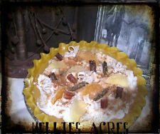NELLIES ACRES PRIMITIVE SOY PIE CANDLES...2 SIZES...6 STRONG SCENTS....