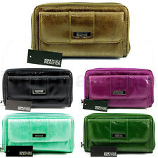 KENNETH COLE REACTION WOMENS URBAN ORGANIZER CLUTCH WALLET PATENT BRAND NEW!
