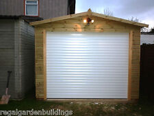 QUALITY T&G WOODEN BESPOKE GARAGE/WORKSHOP WITH ELECTRIC ROLLER DOORS 005