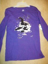 """T-SHIRT HALLOWEEN  WOMENS PURPLE 'WITCH FLYING ON A BROOM"""" SILVER MOON AND BATS"""