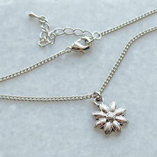 Daisy Choker Necklace - Chain Charm Silver Flower Jewellery 90's Vintage Style
