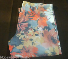 HUE MULTI COLORED FLORAL PEDAL PUSHER LEGGINGS BRAND NEW W/O TAGS