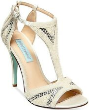 NIB Betsey Johnson I Do Evening Sandals in Ivory
