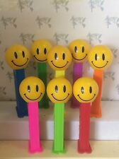 PEZ - Funky Faces - Smiley Face -  4.9 Hungary - Choose stem color