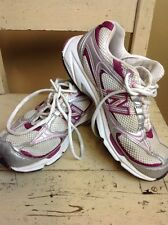A Pair Of Ladies New Balance Trainers UK Size 4.5 Silver Pink & Purple VGC